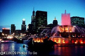 Buckingham Fountain at night, Chicago, IL